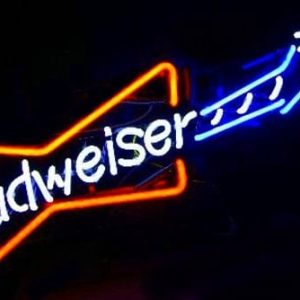 09-enseigne-lumineuse-neon-budweiser-guitare