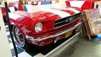 Banquette réalisée à partir d'une authentique partie avant de Ford Mustang 1965