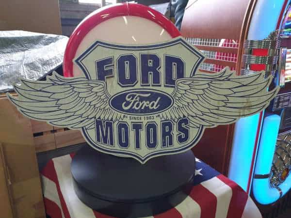 Ford Winged – XL