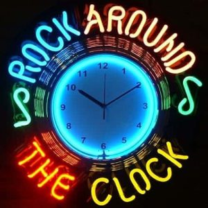 28-enseigne-lumineuse-neon-rock-around-the-clock-pendule