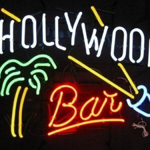 52-enseigne-lumineuse-neon-hollywood-bar