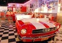 Banquette réalisée à partir d'une véritable Ford Mustang 1965
