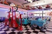 Banquette réalisée à partir d'une véritable Chevrolet 1957