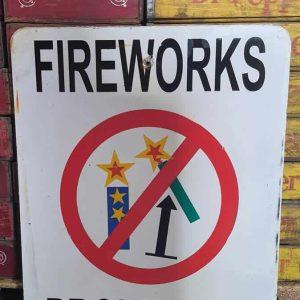 Panneau De Rue Et Parc De Ville Americaine Fireworks Prohibited 76x61cm 2