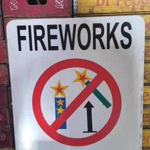 Panneau De Rue Et Parc De Ville Americaine Fireworks Rpohibited 76x61cm 4