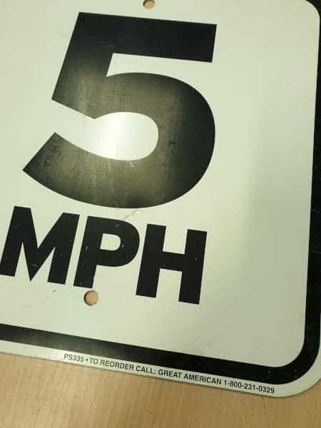 Panneau routier américain 5 MPH