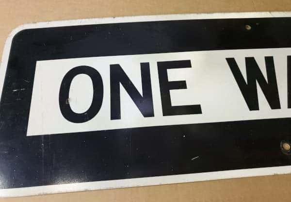 Panneau routier américain ONE WAY