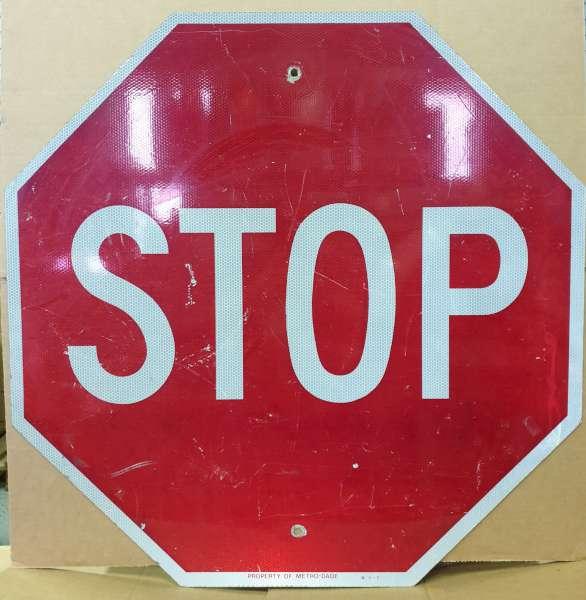 Panneau routier americain Stop