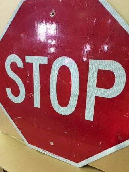 Panneau routier americain Stop Metro Miami