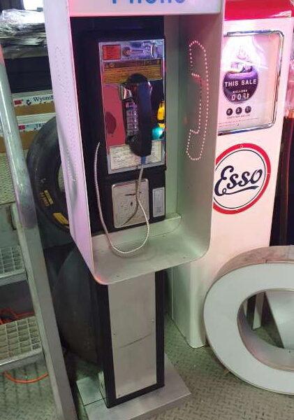 Cabine de téléphone américaine des rues de New York