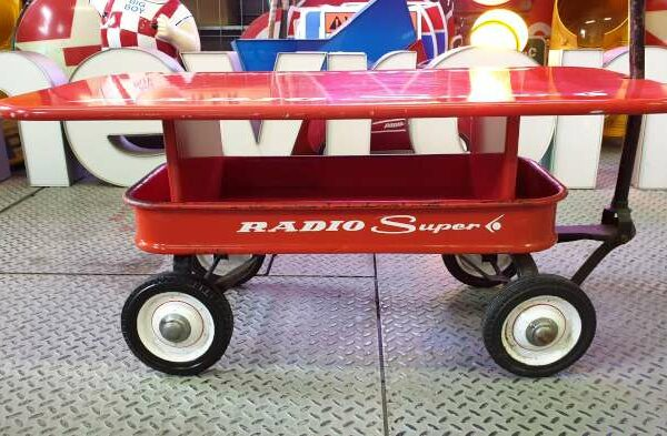 Pull Wagon Radio Super Table Basse Santa Monica California