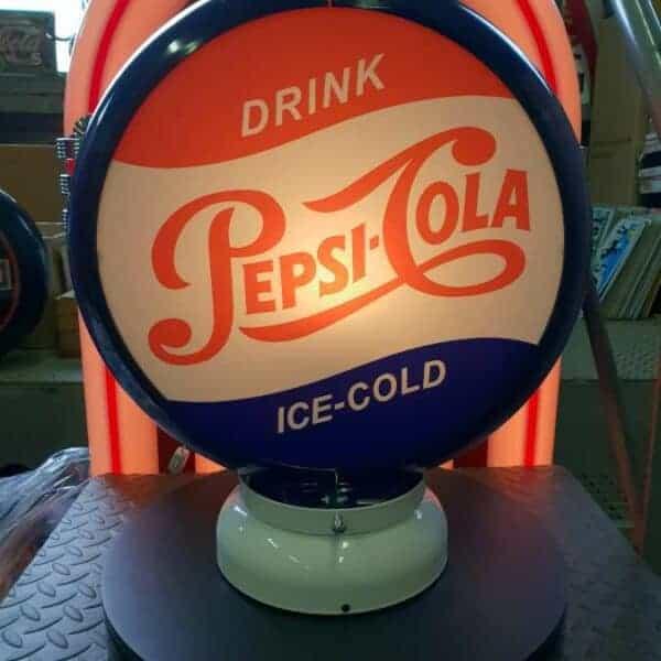 Globe De Pompe A Essence Pepsi Cola