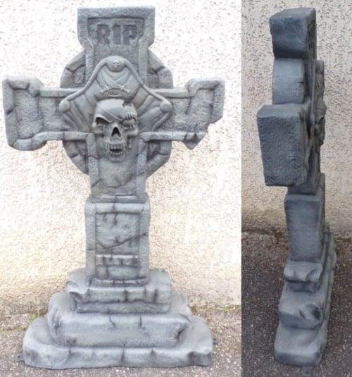 Tombe Du Pirate En Forme De Croix