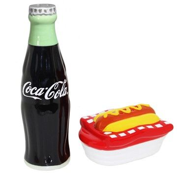 Coca Cola Hot Dog Ceramic Salt & Pepper Vending Machine, One Size, 470121