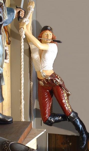Pirate Girl Corde Su 9720 Statue Grandeur Nature En Resine Et Fibre De Verre Location Vente