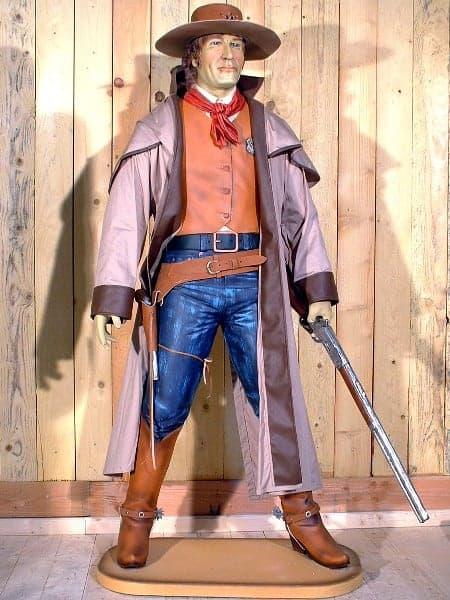 Western – Statue de Cowboy Ranger avec son manteau