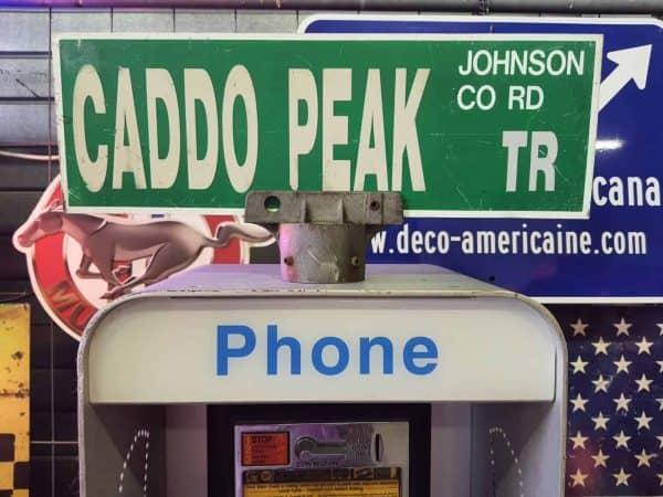 Panneau De Collection Vintage De Rue Americaine Caddo Peak Tr Johnson Co Rd 46x15.5 1