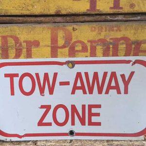 Panneau De Rue Et Parc De Ville Americaine Tow Away Zone 30.5x15.5cm