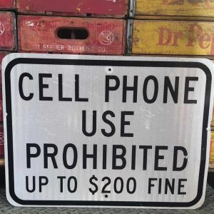 Panneau Routier Americain Cell Phone Use Prohibited 61x46cm