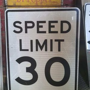 Panneau Routier Americain Speed Limit 30 Mph 76x61cm 1