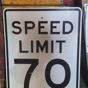 Panneau Routier Americain Speed Limit 70 Mph 76x61cm