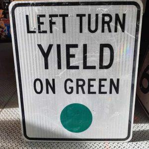 Panneau Routier Americain Authentique Et Vintage Left Turn Yeld On Green Xl