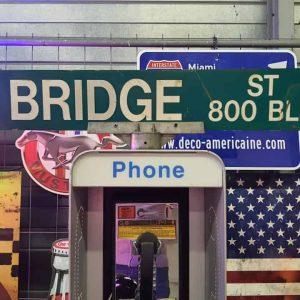 Panneaux Verts Des Rues Américaines 90.5x15.5cm W Bridge St 800 Blk