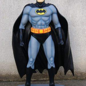 Statue de Batman Super héros avec masque et cape noire