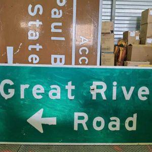 panneau de signalisation routiere americain great river road hole bullet 215cmx92cm