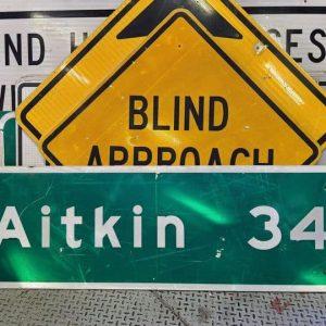 panneau de signalisation routiere americain aitkin 34 miles 153cmx46cm