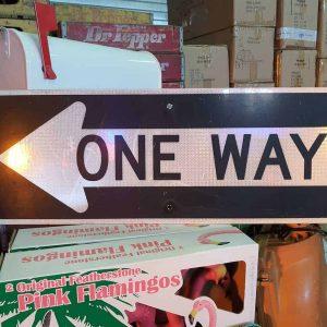 panneau de signalisation routiere americain road state one way couleur noire 91x32cm