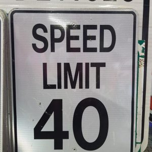 panneau routier americain de limitation de vitesse speed limit 40 76x61cm