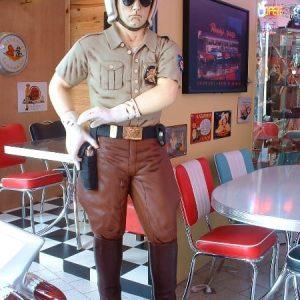 policier motard americain st 675 statue grandeur nature en resine et fibre de verre statue taille reelle 1m85