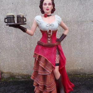 statue grandeur nature d'une serveuse - danseuse de Saloon
