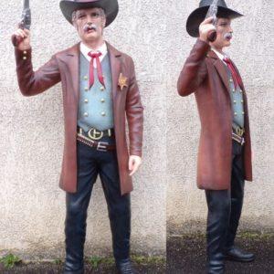 western statue grandeur nature du sheriff du comte